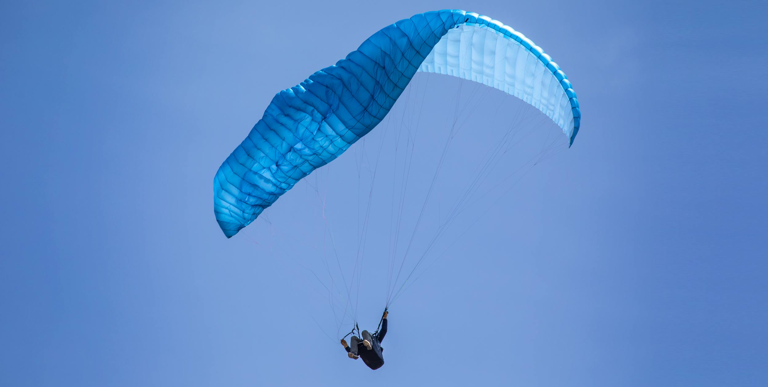 paraglider collapse