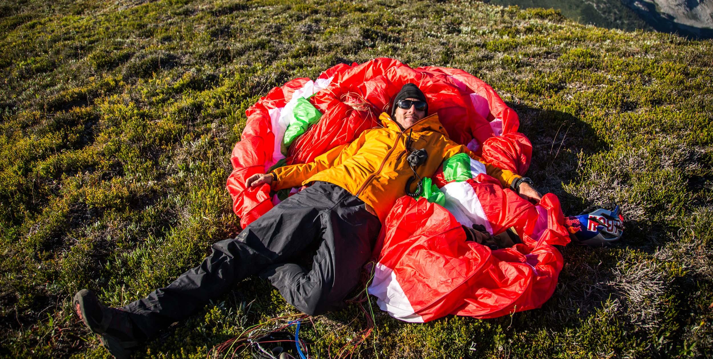 Will Gadd paragliding